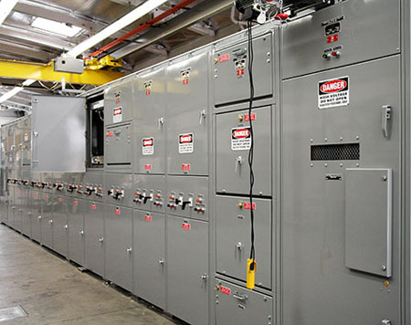 Medium Voltage Switchgear on high voltage oil circuit breakers
